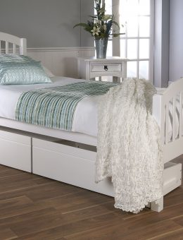 Despina + Drawers in White